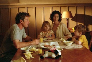 ... Dennis Quaid, Rachel Griffiths and Angus T. Jones in The Rookie (2002