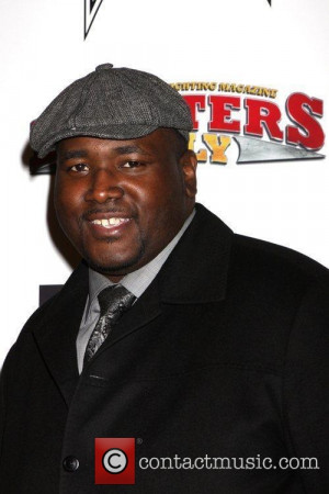 Quinton Aaron Stars As Michael Oher And Jae Head Sj In The Picture ...