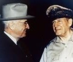 harry-truman-and-general-douglas-macarthur