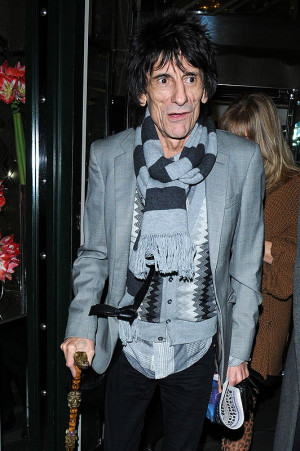 Re: Ronnie Wood Undergoes Foot Surgery