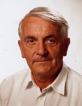 Prof Dr sc mil Eberhard A r n o l d
