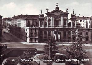 Milano - Piazza Tommaseo e chiesa di Santa Maria Segreta