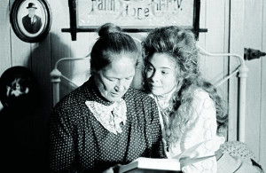 Colleen Dewhurst Anne Green