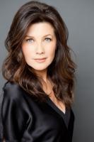 Daphne Zuniga's Profile