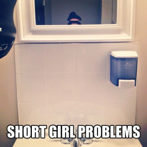 Funny Short Girls Problem Selfie Mirror Comment Picture 540x540