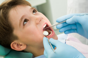Your childs' first visit to the dentist