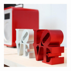 ROBERT INDIANA LOVE S LV
