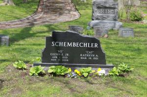 Description Bo Schembechler Grave Forest Hill Cemetery 2.JPG