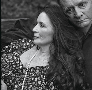 June Carter Cash y Jhonny Cash (2001).