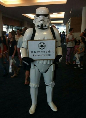 Hilarious cosplay - Stormtrooper