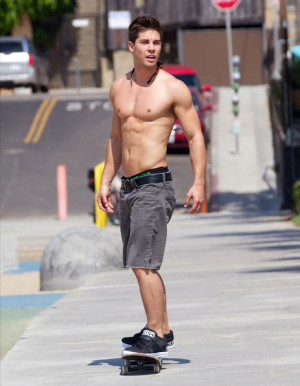 Glee 's newest hunk, Dean Geyer , shows off his superb physique ...