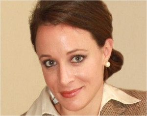 Paula Broadwell: Things To Know About The Woman who had extramarital ...