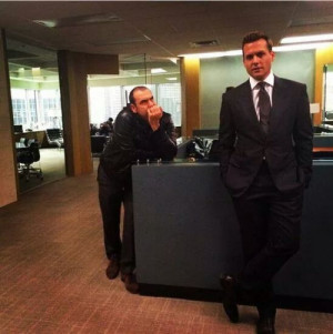 Gabriel Macht and Rick Hoffman.. Suits season 4 shooting BTS. Harvey ...