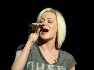 Ashton Shepherd Kellie Pickler amp Sugarland Review