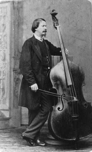 ... The True first man in the world to invent a seven string bass guitar