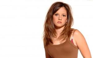 Mackenzie Rosman Beautiful Face 540x338 Mackenzie Rosman Beautiful ...