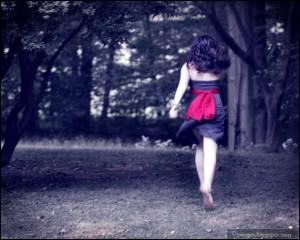 girl, cute, running, sad, alone