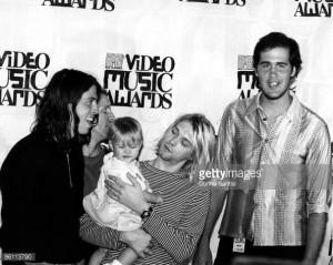 Photo of Krist NOVOSELIC and Frances Bean COBAIN and Kurt COBAIN and ...