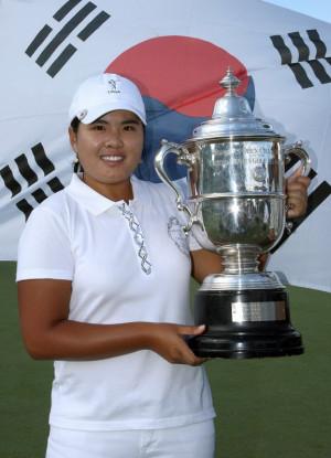Inbee Park with her 2008 US Women 39 s Open trophy