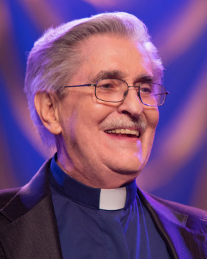 Quotes by Paul Crouch