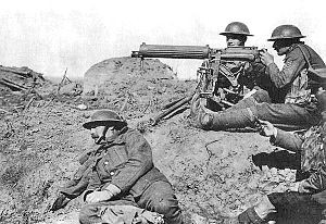 World War 1 Picture - The machine gun was one of the decisive ...