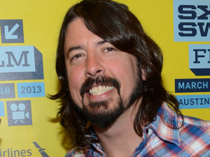 Dave Grohl dedicates dave grohl quotes nickelback to Kurt Cobain ...