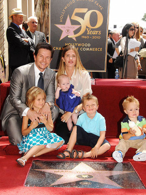 Mark Wahlberg Family Siblings