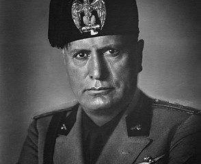 ... MUSSOLINI, between 1937 and 1940. Portrait du Duce, Benito MUSSOLINI
