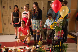 Glee' pays tribute to Cory Monteith in 'The Quarterback'