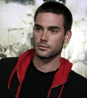 Drew Fuller!!!! The Ulimate Gift!!! 3rd Best Christmas Movie EVER!!!