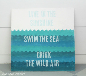 The perfect painted sign to welcome summer - so much easier to DIY ...