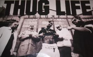 Thug life promotional poster1 Tupac Shakur und der Thug Life Code