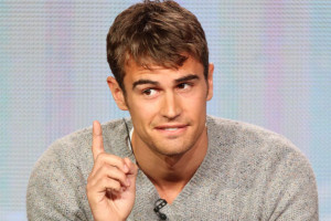Will 'Divergent' Skyrocket Theo James to Robert Pattinson Status?