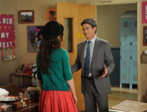 Still of Dermot Mulroney and Zooey Deschanel in New Girl (2011)