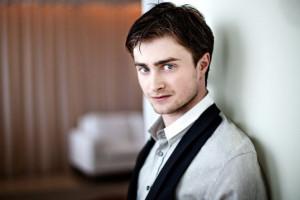 Sexo gay :: Daniel Radcliffe peladão novamente no cinema