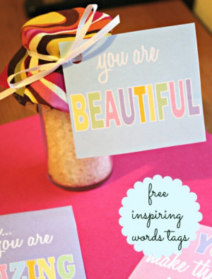 Celebrate the guests with these FREE inspiring quote tags!