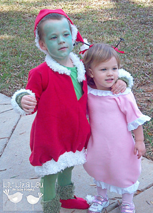... Grinch and Cindy Lou Whoo sing together.... Grinch & Cindy Lou Who