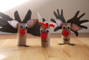 Reindeer crafts made with toilet paper rolls. source