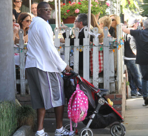 Keyshawn Johnson with his daughter at The Ivy in West Hollywood last