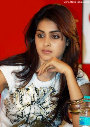 Genelia D'Souza Wiki & Beautiful Pictures