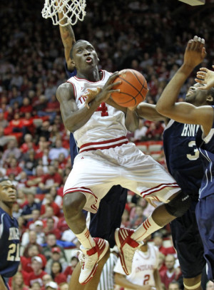 Victor Oladipo Victor Oladipo 4 of the Indiana Hoosiers shoots the