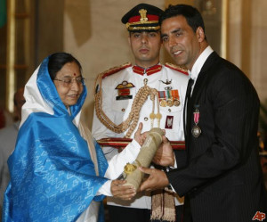Akshay Kumar Pratibha Patil Pictures & Photos picture