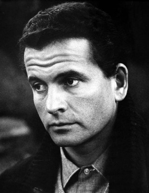 Ian Holm Pictures