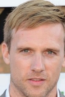 Teddy Sears Pictures