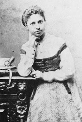 , belle et oubliée Lise... Lise cousant , une huile d'Auguste Renoir ...