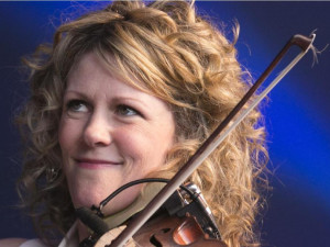 Natalie Macmaster Pictures