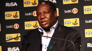 Vusi Mahlasela presented the Lifetime Achievement Award MTN South