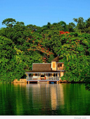 GoldenEye Resort, Jamaican travel places / Pintast