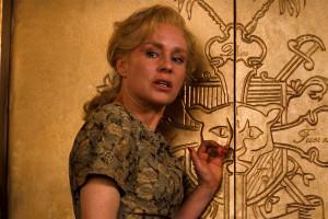 Romeo – Juliet: The Erosion of Juliet in Baz Luhrmann's Romeo ...