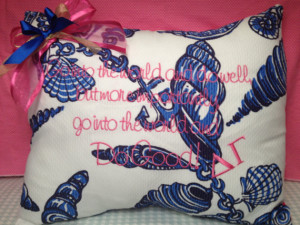 Delta Gamma Do Good quote on Lilly Pulitzer fabric with anchors blue ...